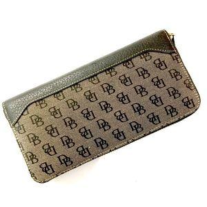 Dooney & Bourke Multi Compartment Zip Top Wallet